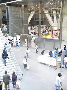 リンクシェア大見本市会場の入り口付近